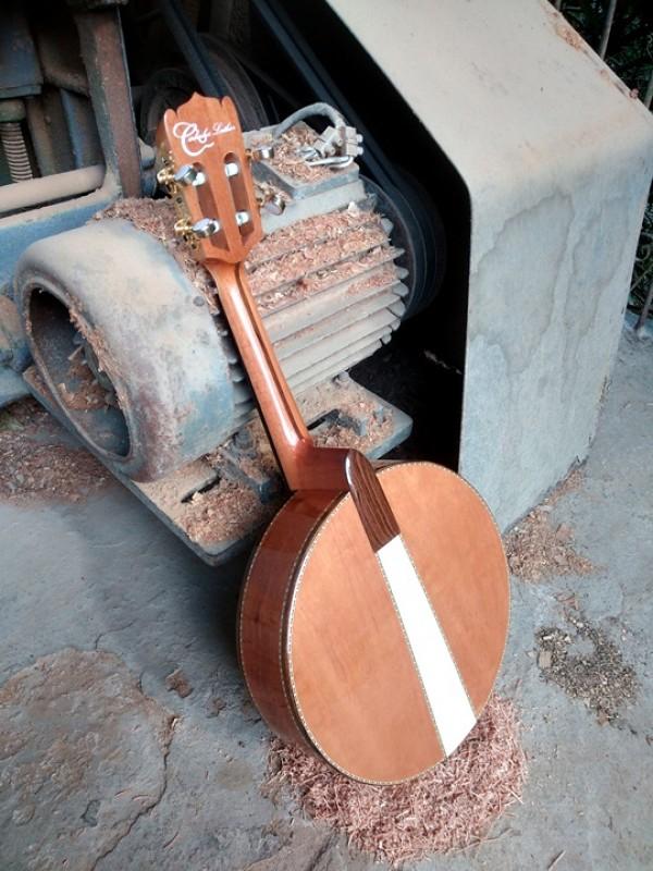 Banjo Maciço de Cedro Rosa Com Captador (80 dias úteis para CONTRUÇÃO) **FAVOR, OLHAR A DESCRIÇÃO**